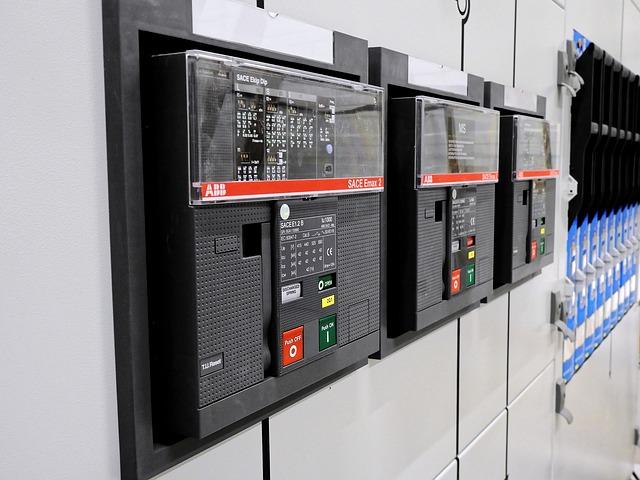 industrial electrician hamilton